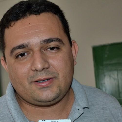 Toninho anuncia festa em praça pública de Caridade do Piauí; veja as atrações