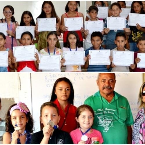 JAICÓS | Escolas municipais premiam alunos no encerramento do ano letivo; fotos!