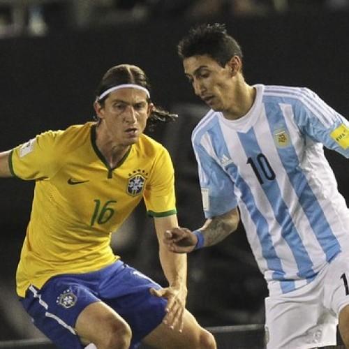 Brasil fica no empate com Argentina na casa do rival