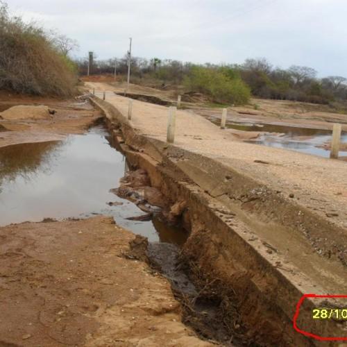 Governador autoriza recuperação de passagem molhada no interior de Massapê do Piauí