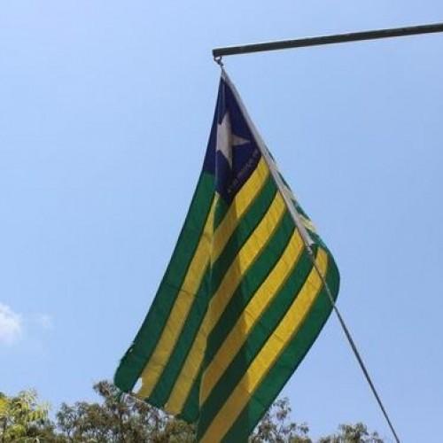 Projeto pode tornar execução do hino do Piauí obrigatória nas escolas