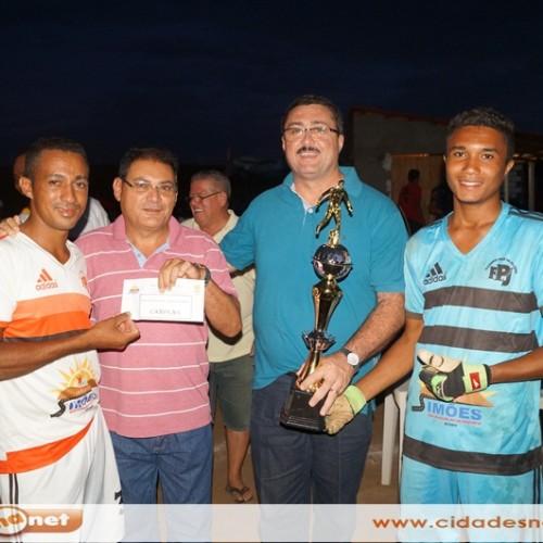 SIMÕES | Torneio de futebol movimenta a comunidade Sobradinho; veja fotos