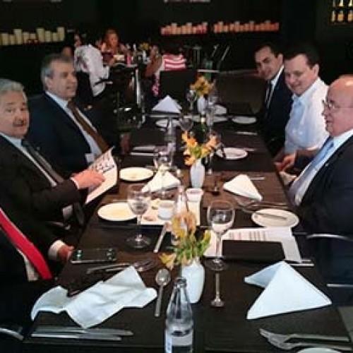 Elmano e JVC conversam com Kassab e abrem caminho para se filiarem ao PSD