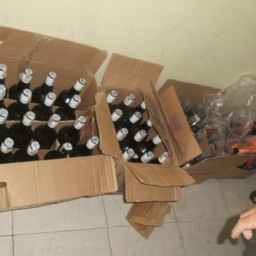 Polícia prende suposta quadrilha vendendo uísque falso na região litorânea