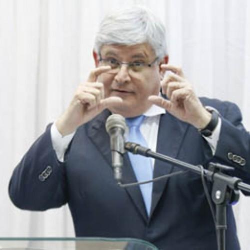 """No Piauí, Janot compara corrupção a """"latrina fétida"""" que vampiriza recursos públicos"""