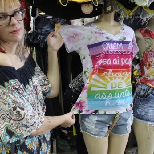 Blusas com frases da Ivete e Safadão são as apostas para o carnaval 2016