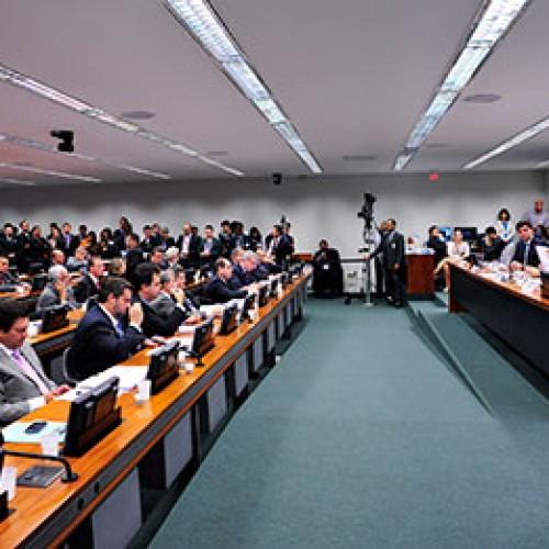 Comissão na Câmara investiga obras da construção da Transnordestina
