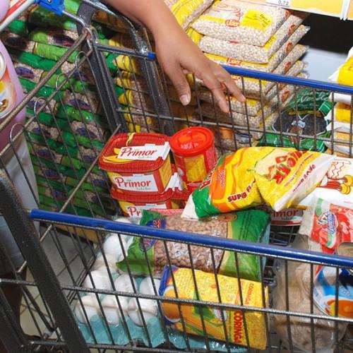 Com alta da cesta básica, salário mínimo deveria ser R$ 3,5 mil