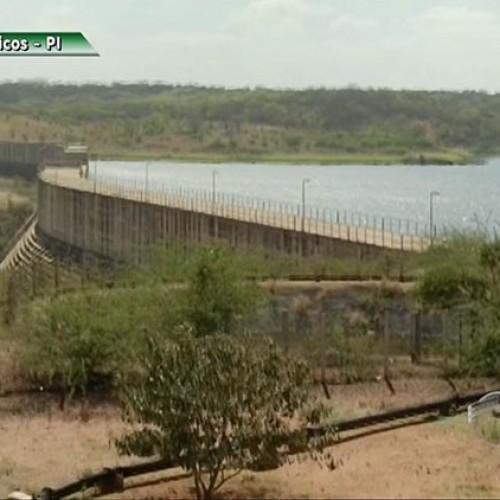 Em área castigada pela seca, 60% da água de adutora do Poço de Marruá é furtada, segundo  Agespisa