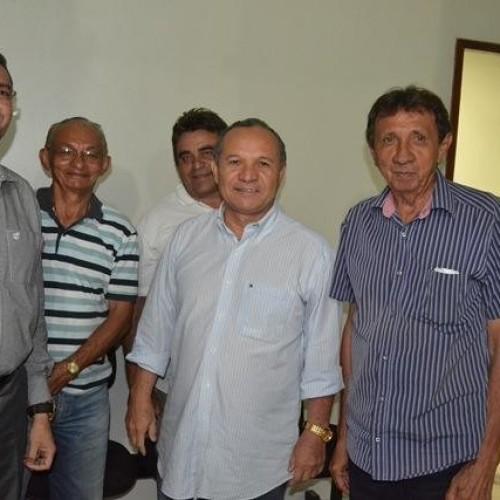 PICOS | Em reunião a portas fechadas, Padre Walmir e Zé Néri firmam acordo para as eleições 2016