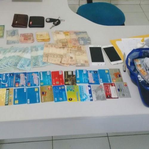 Dupla é presa suspeita de aplicar golpes dentro de banco no Sul do Piauí