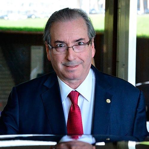 Em votação apertada, Conselho de Ética decide continuar processo contra Cunha