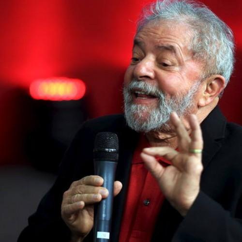 Ex-presidente Lula é alvo de nova fase da operação Lava Jato e é levado para depor à PF