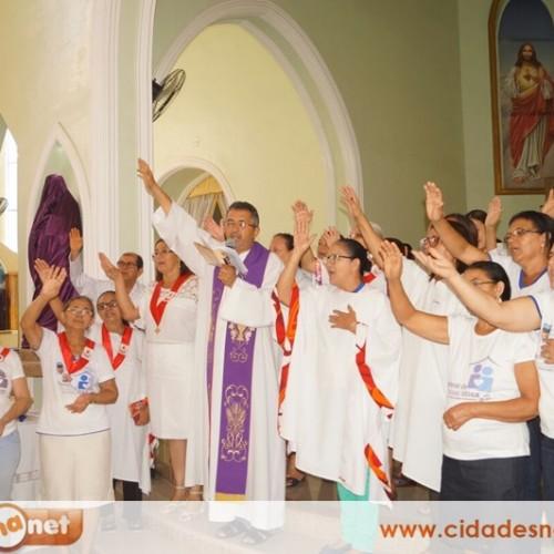 SIMÕES l Paroquia São Simão celebra missa para os enfermos na Igreja Matriz