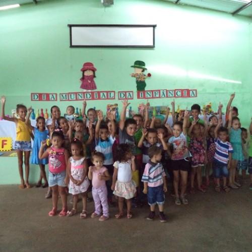 Vera Mendes comemora  Dia Mundial da Infância com diversas atividades. Veja!