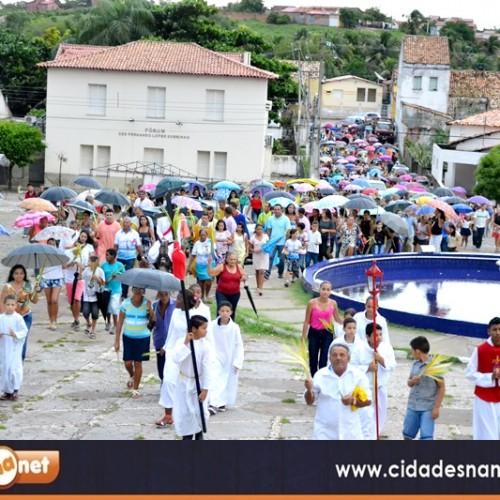 Cristãos celebram Domingo de Ramos em Jaicós; veja fotos
