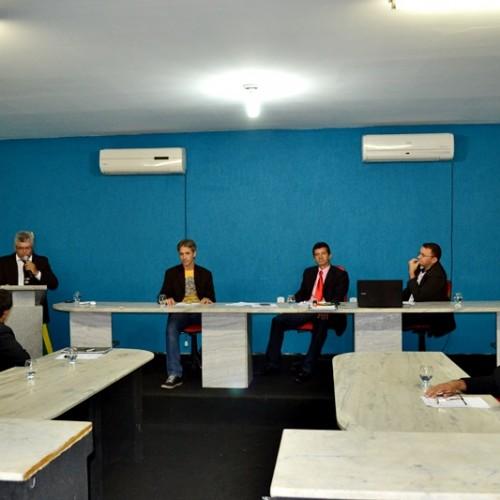 PADRE MARCOS | Câmara aprova requerimentos e dois vereadores discursam. Veja!