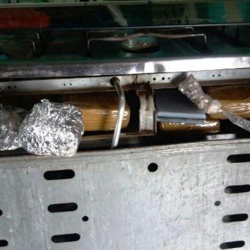 Polícia apreende droga escondida em fogão de cozinha em Picos