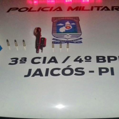 Polícia prende homem com revólver em Jaicós