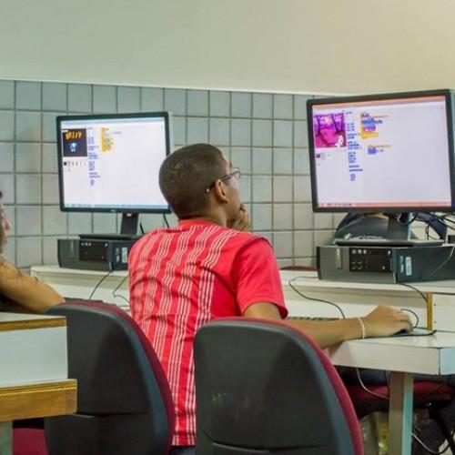 Robótica desperta a criatividade de alunos de escolas públicas no Piauí