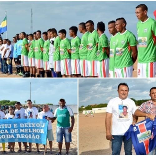 Entrega de equipes e homenagem abre o Campeonato Municipal de Patos dos Piauí. Veja as imagens!