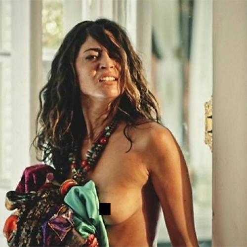 Nudez de Carol Castro em estreia de 'Velho Chico' causa furor na internet