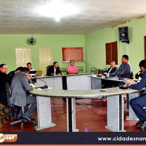 Vereadores de Patos do Piauí aprovam matérias e divergem na tribuna sobre atendimento à população