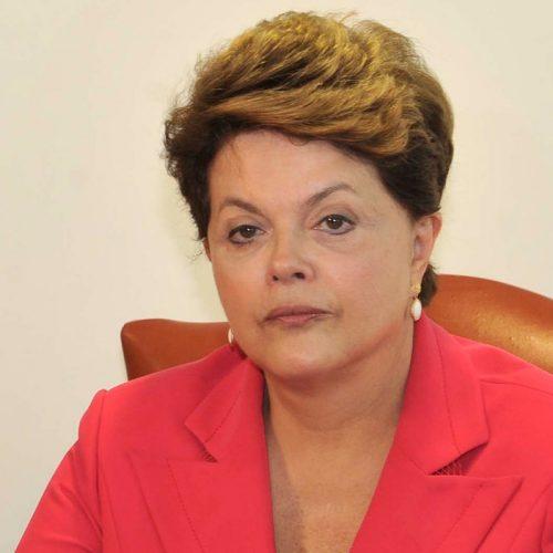 Dilma quer antecipar eleição presidencial para outubro
