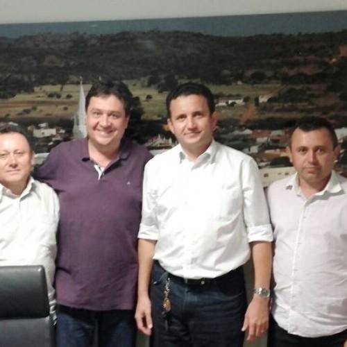 Vereadores de Vila Nova vão à Teresina em busca de recursos