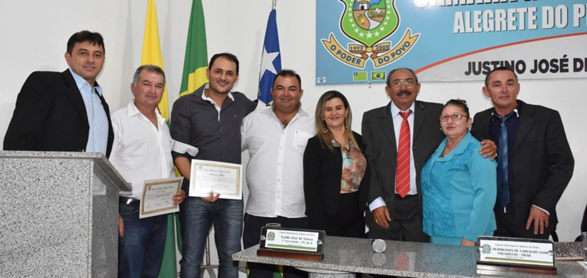 ALEGRETE | Câmara homenageia personalidades com entrega de Título de Cidadania