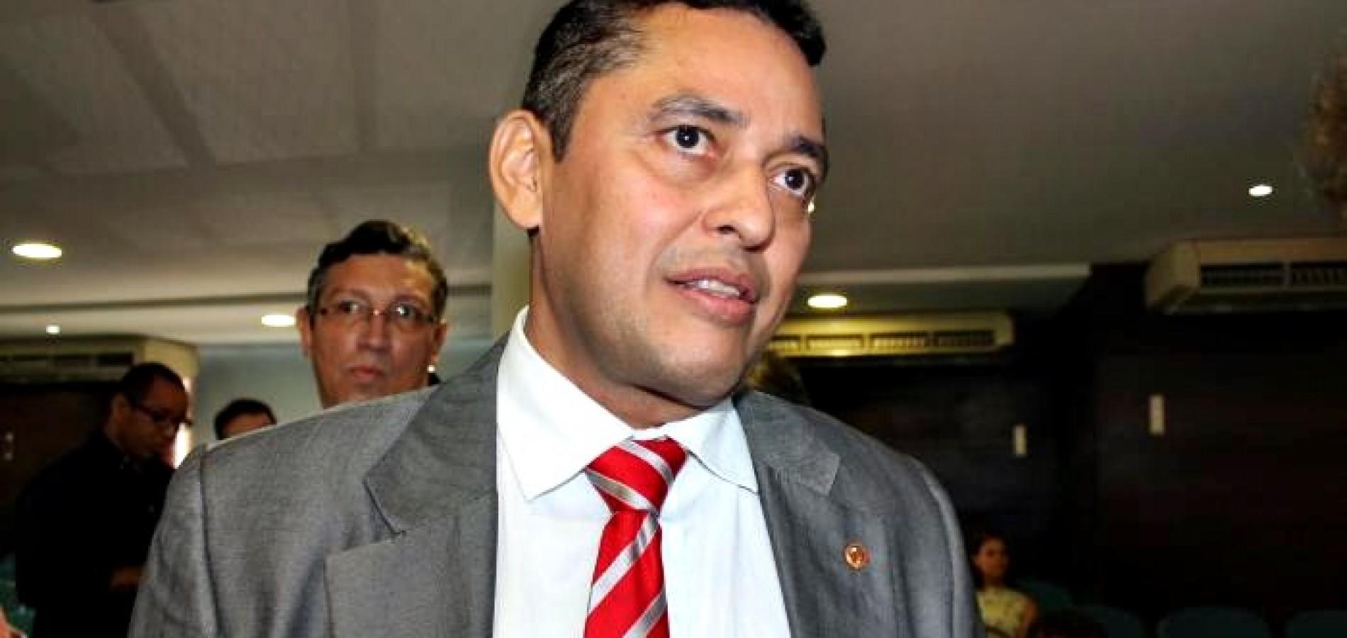 Procurador do Piauí pede cumprimento de decisão que prevê prisão de políticos