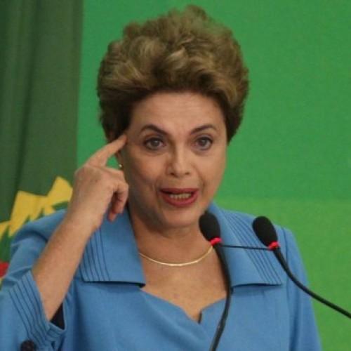 """""""O mais estranho é que quem me julga é corrupto"""", diz Dilma em tom agressivo"""