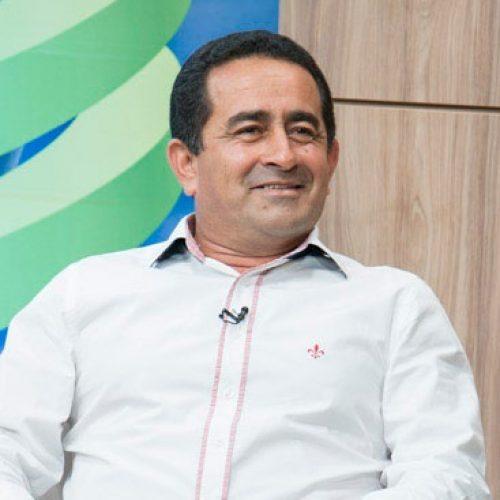Prefeito Eudes anuncia Paula Fernandes e outras atrações para o aniversário de Fronteiras