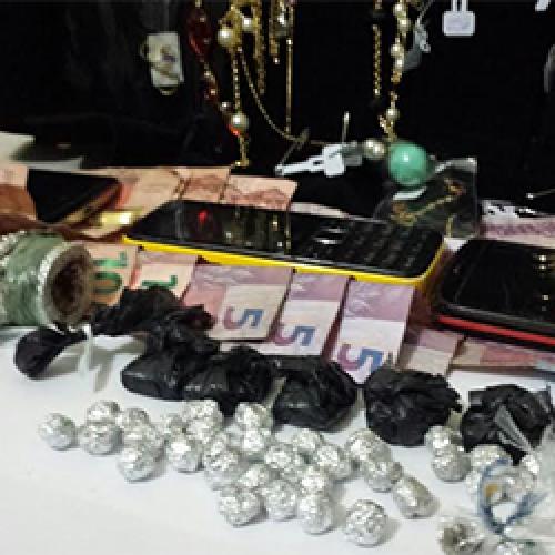 Operação no Piauí apreende motos, armas, drogas e joias; em 4 cidades