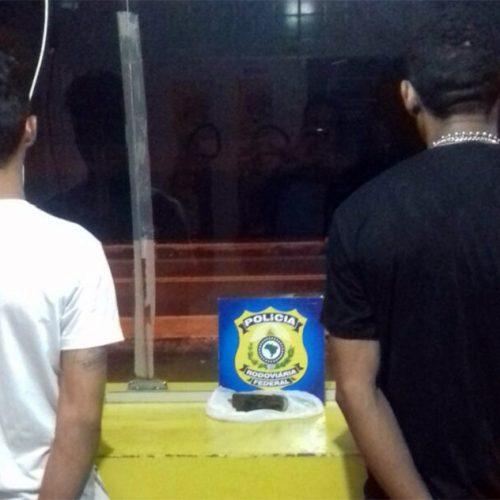 PRF prende dois homens por tráfico de drogas em Floriano