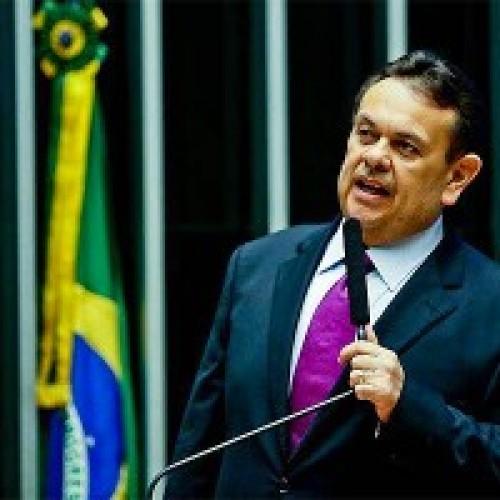 Silas lamenta descrédito de Wellington Dias no interior do Piauí