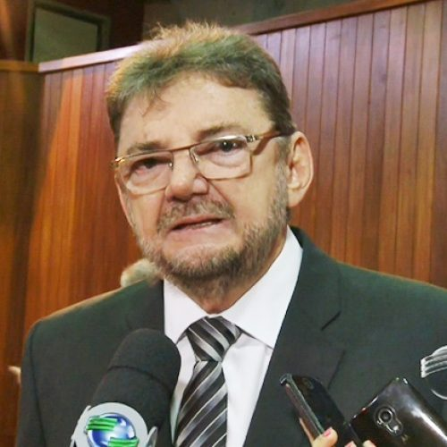 Wilson Martins lamenta impeachment, mas diz que é o jeito para o país