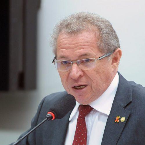Assis descarta prejuízos a Wellington Dias se Lula não for candidato