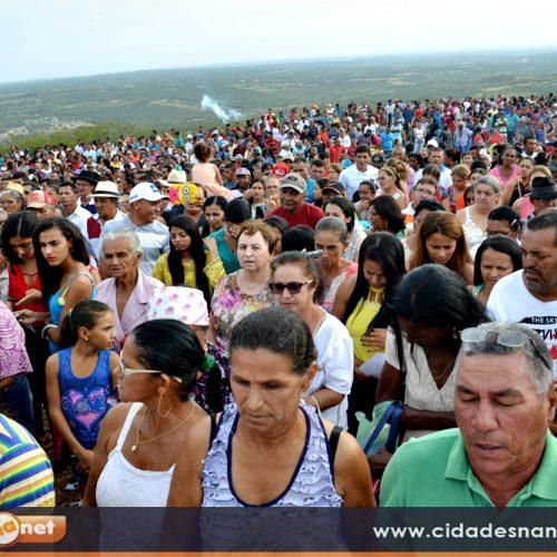 FOTOS | Missa da festa do Morro dos Três Irmãos, em Jaicós