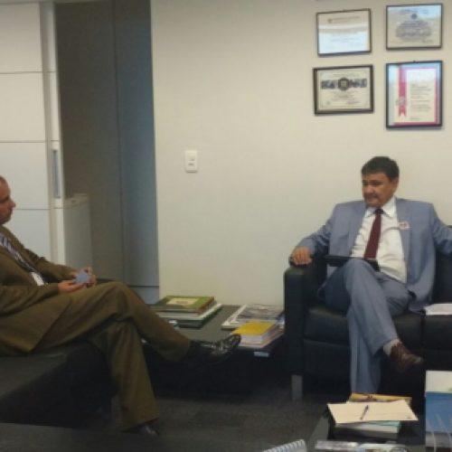 Wellington trata da liberação de voos para cidades do Piauí