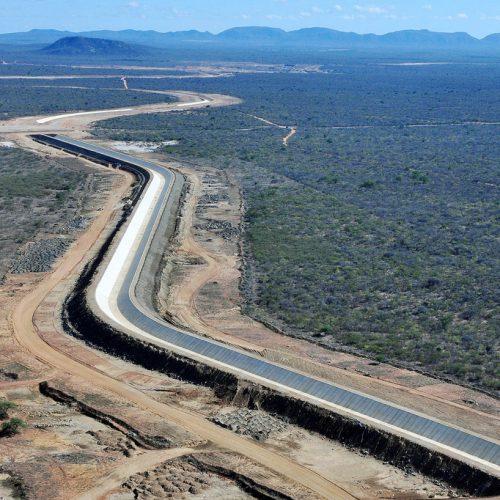 Governo garante recursos para fim das obras de transposiçaõ do Rio São Francisco