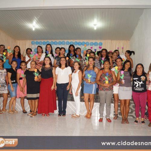 SIMÕES | Assistência Social realiza evento em homenagem às mães; veja fotos
