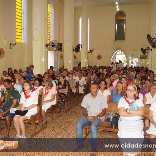 Igreja Católica celebra Corpus Christi com missa e procissão em Simões