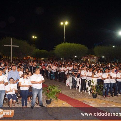Dom Plínio José realiza crisma na Paróquia de Simões para mais de 500 pessoas