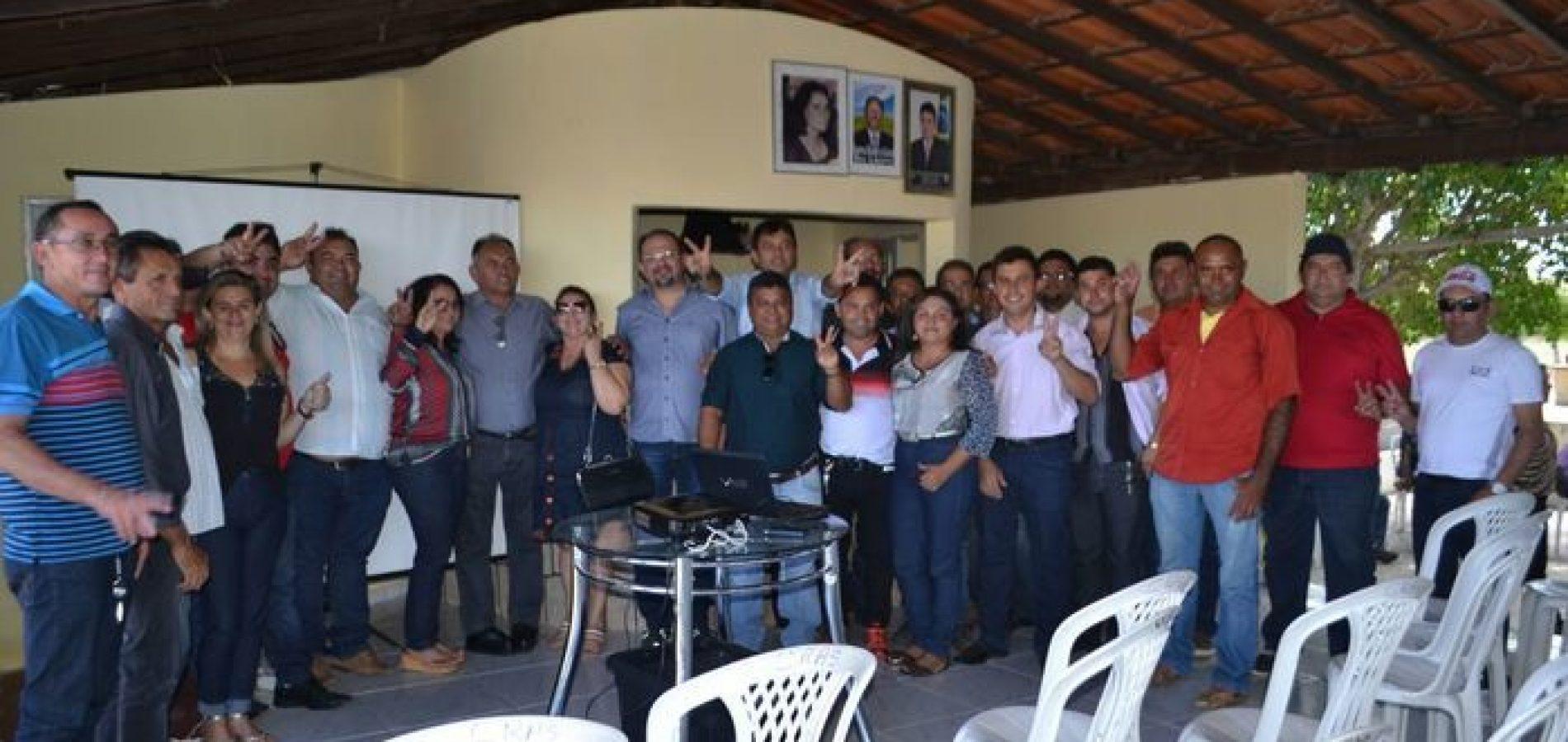 ALEGRETE DO PIAUÍ | Prefeito Márcio Alencar e pré-candidatos a vereador participam de oficina eleitoral