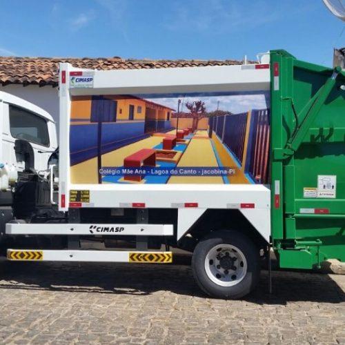 JACOBINA | Prefeitura adquire caminhão compactador de lixo e implementa a limpeza pública