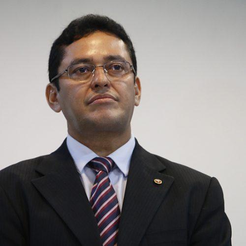 Procurador Geral entrega lista de 11 condenados e prevê prisão de políticos; veja relação