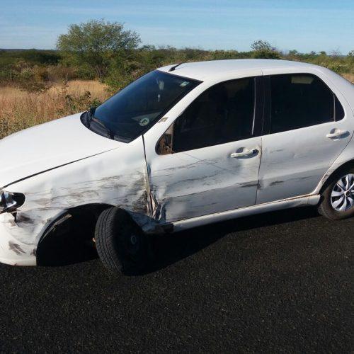 Cinco veículos se envolvem em acidente em Jaicós e jovem de 16 anos morre; veja fotos