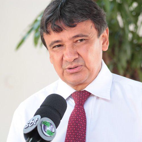 """Governador faz desabafo após impeachment de Dilma e diz que foi """"grupo de traidores"""""""