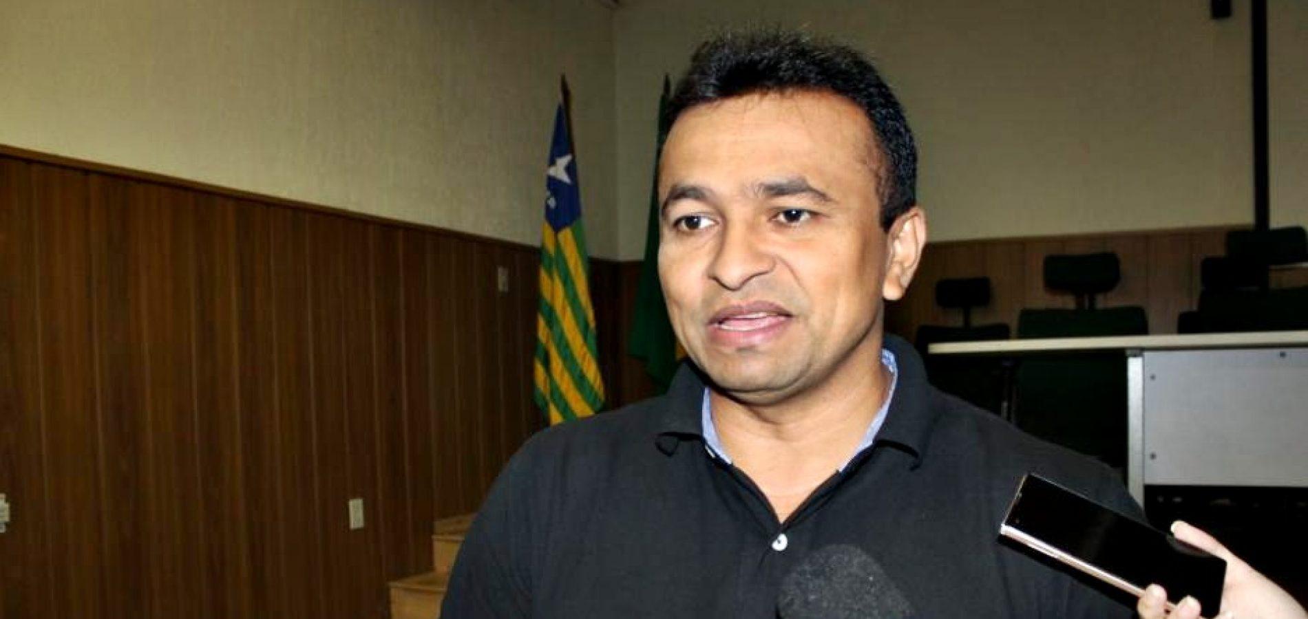 Assaltantes estão de olho em dinheiro de compra de votos, diz secretário